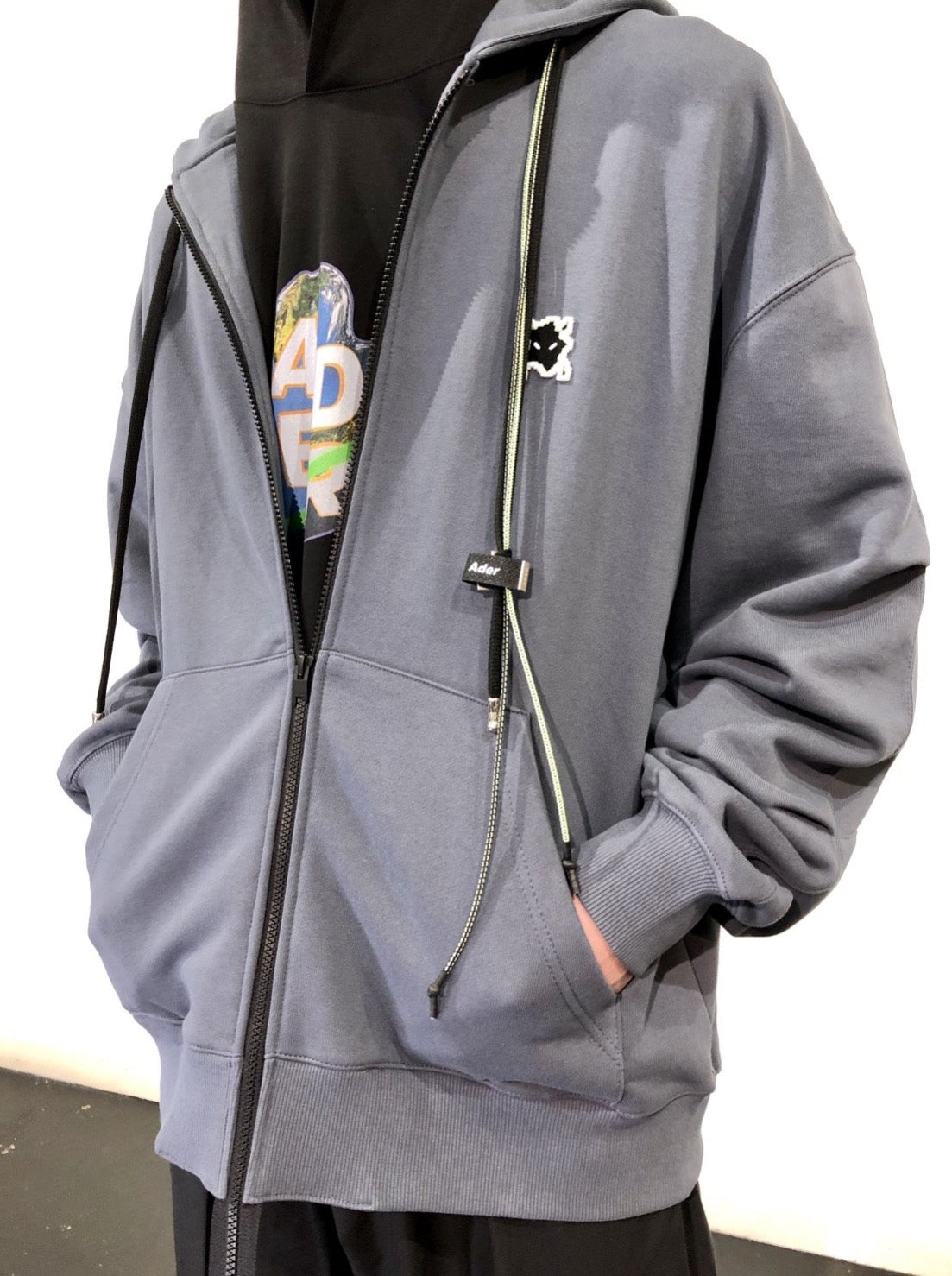 OVERSIZED DETACHABLE EXTRATERRESTRIAL EYE HOODIE