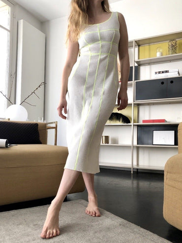 STRETCHY DRESS