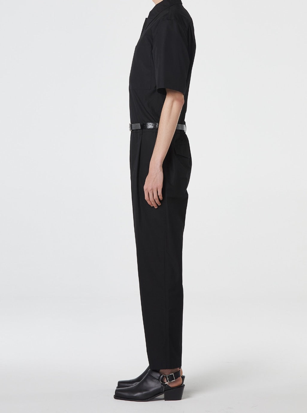 BLACK SHORT-SLEEVES JUMPSUIT