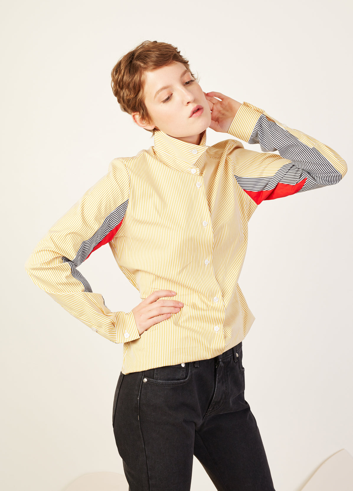 SHIRT WITH STANDING COLLAR