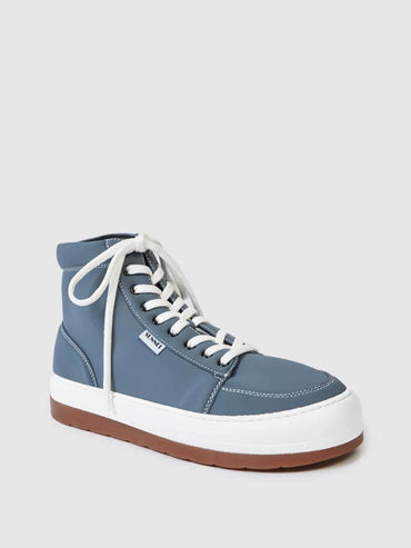 DREAMY HIGH-TOP