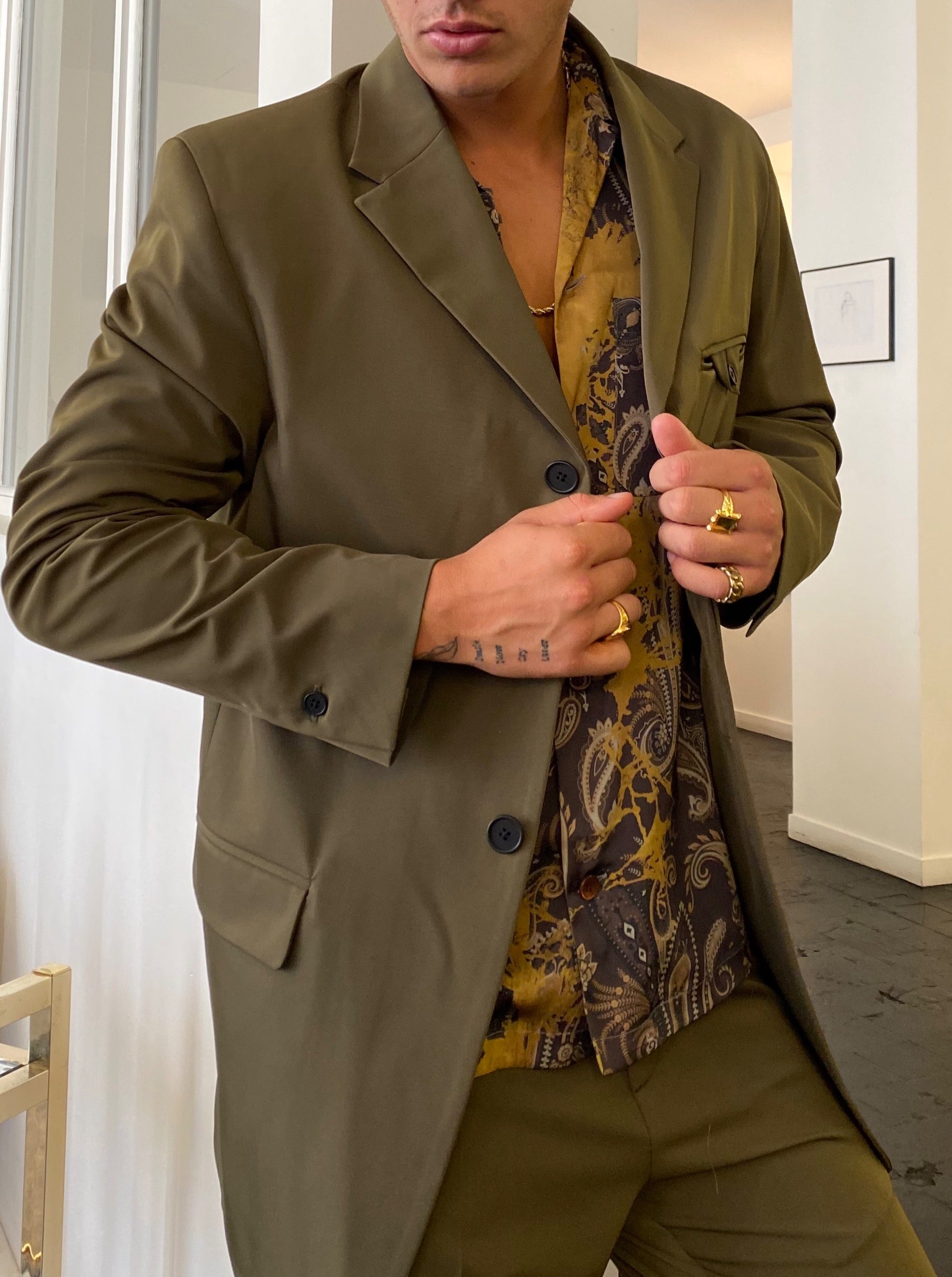 UNSTRUCTURED SINGLE BREASTED BLAZER