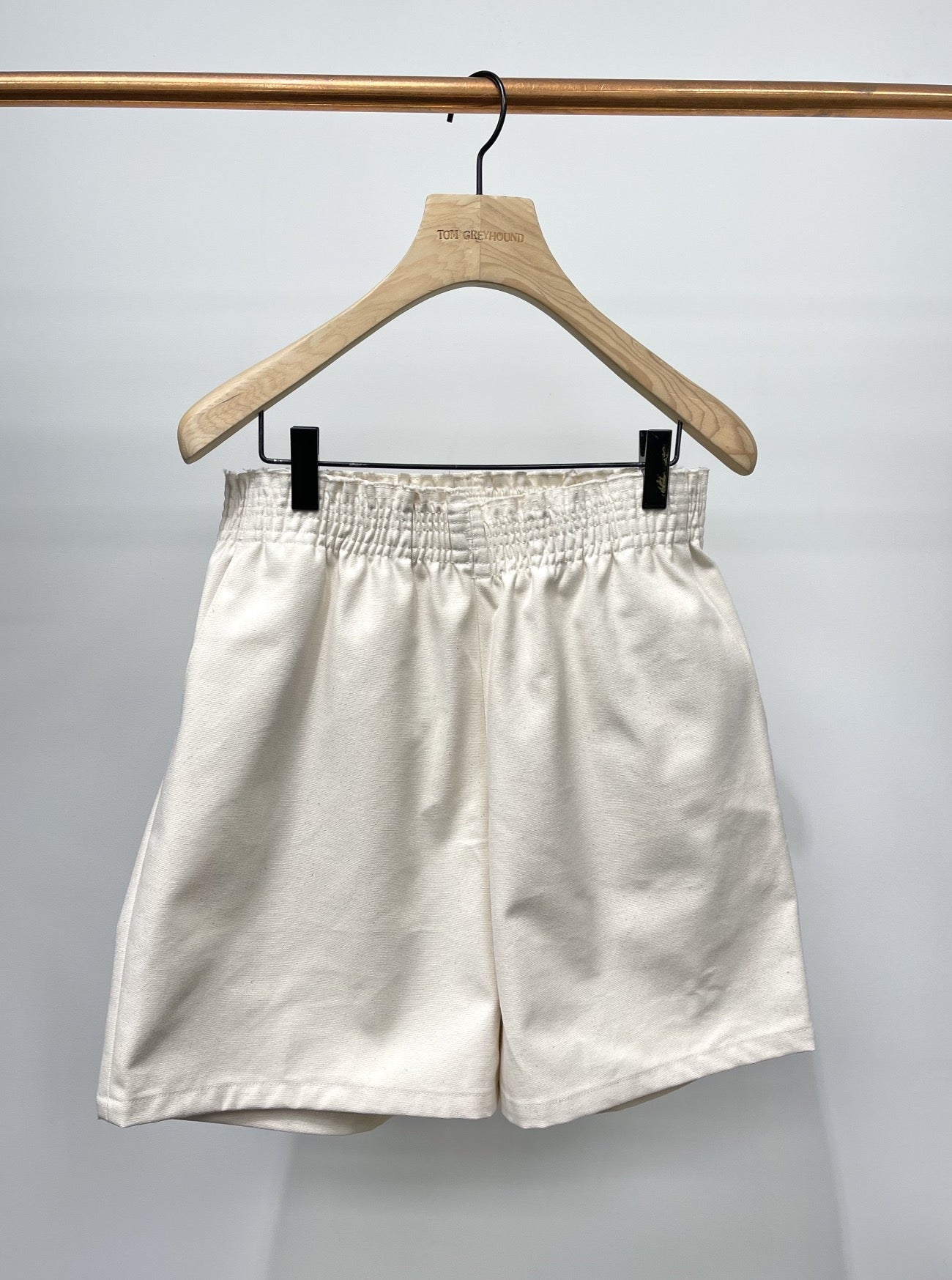 SHORTY SHORTS CANVAS