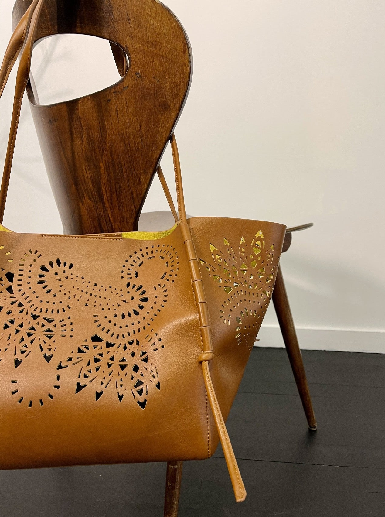 LASER-CUT LEATHER SHOPPER TOTE BAG TAN