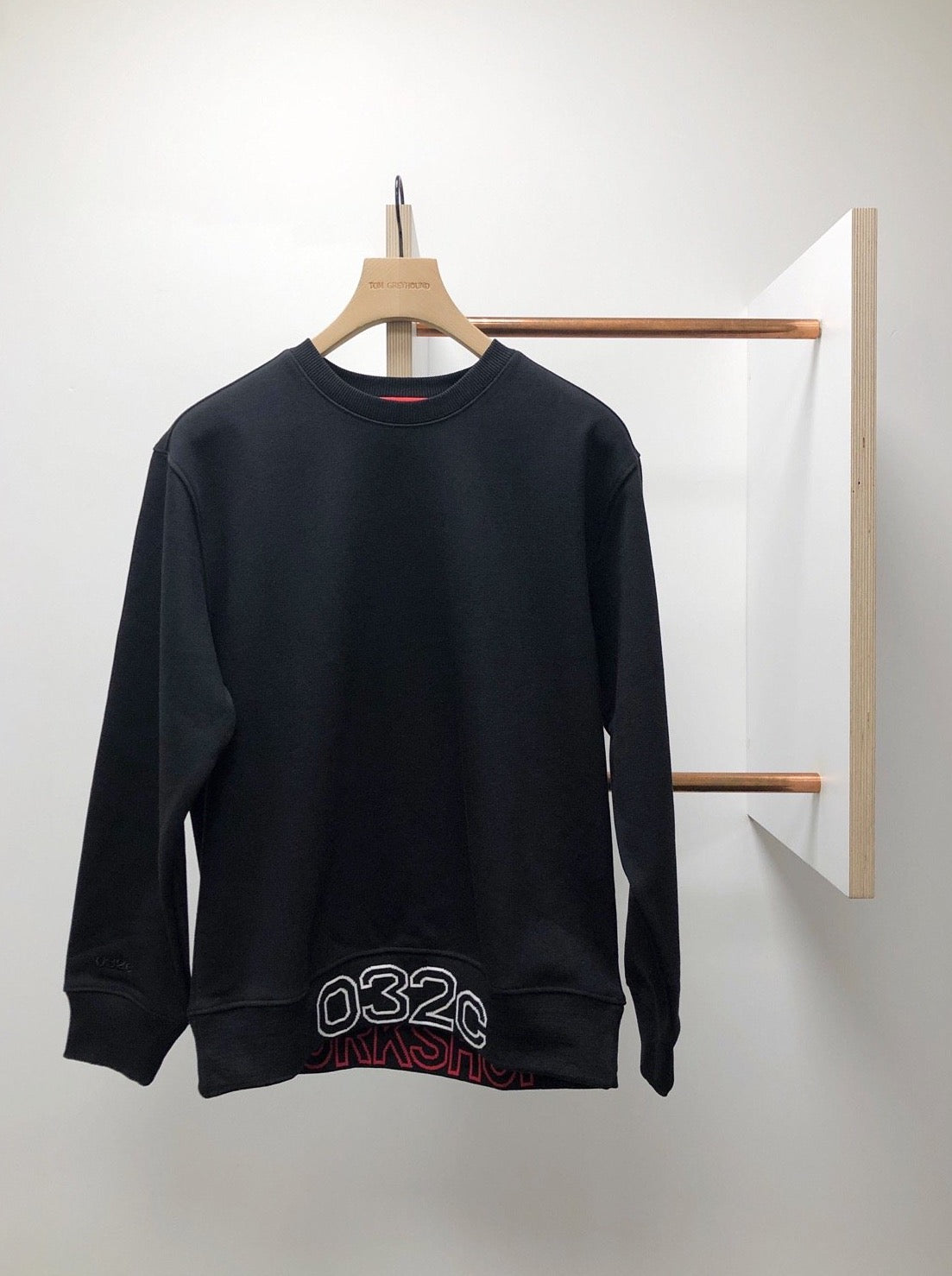 CREWNECK WITH ARM EMBROIDERY AND LOGO RIB