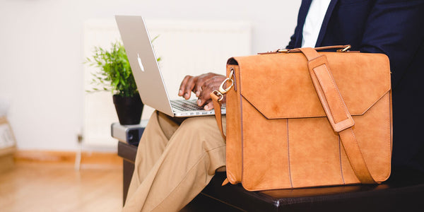 Stylish leather bags for your laptops