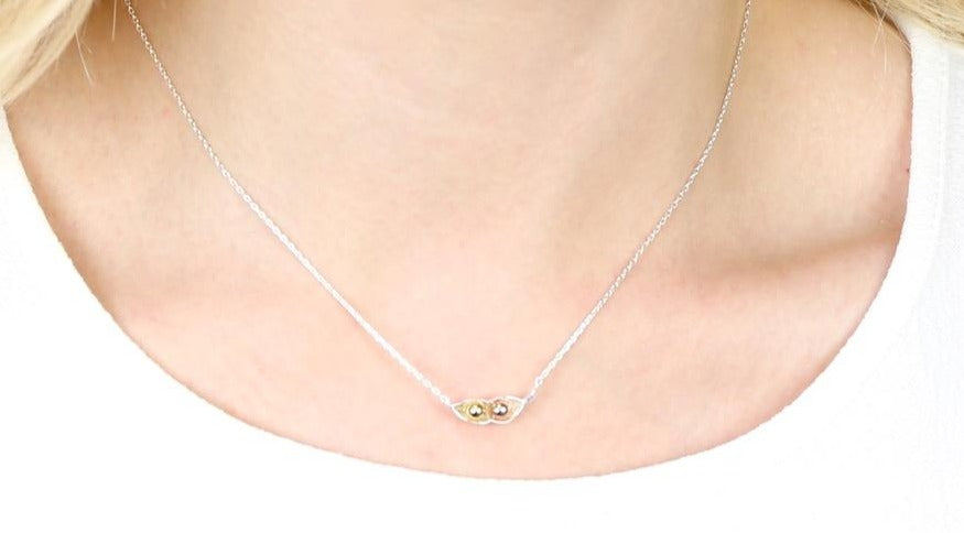 Silver-Two-Peas-in-a-pod-necklace