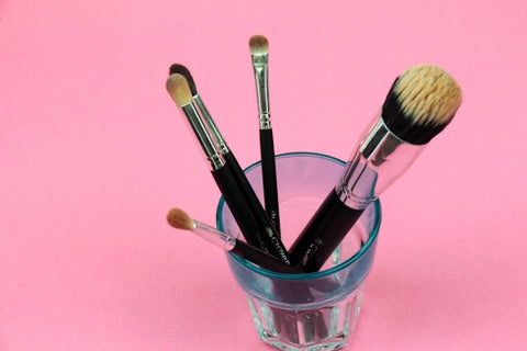 Dirty Makeup Brushes, Time to Clean Crownbrush
