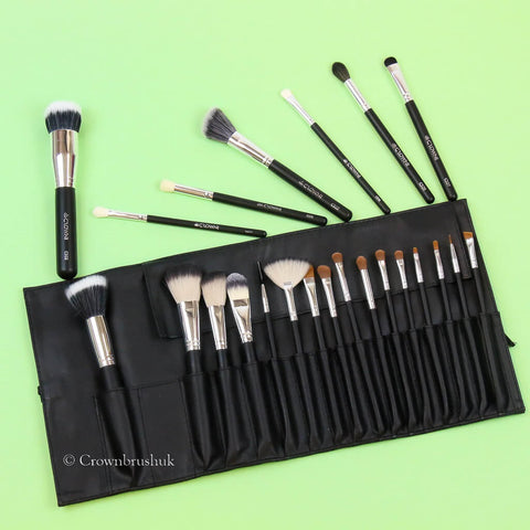 Crownbrush Makeup Brush Set 706 and selection of makeup brushes
