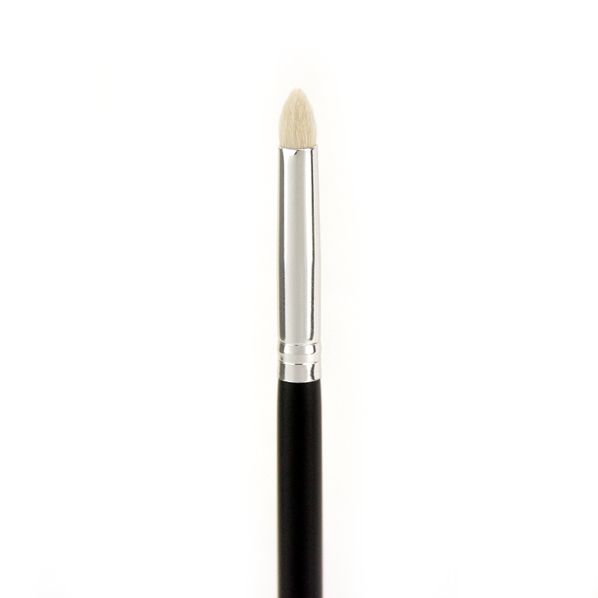 C515 Pro Precision Crease Brush - Crownbrush