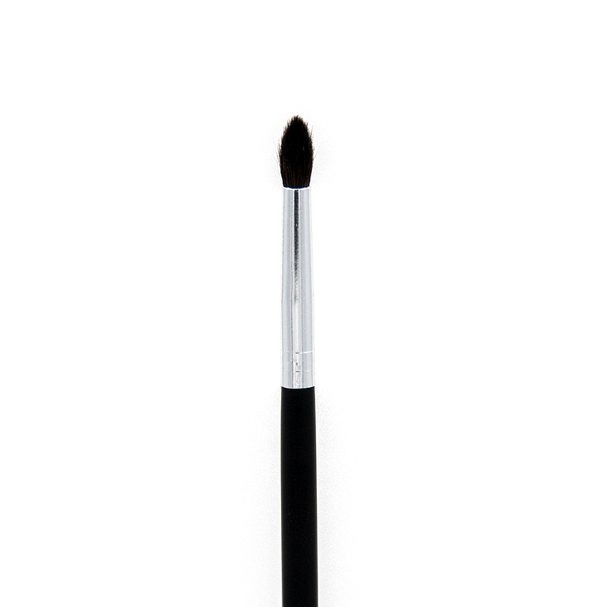 C528 Pro Crease Detail Brush - Crownbrush