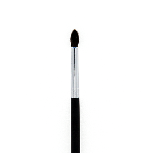 C528 Pro Crease Detail Brush Crownbrush