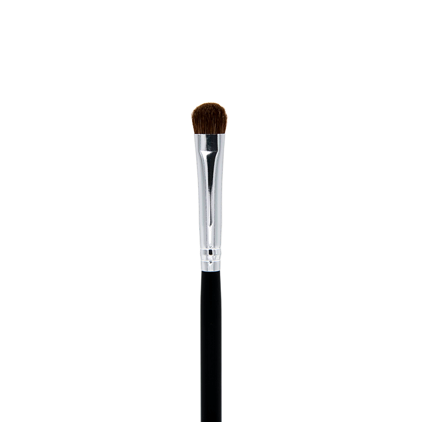 C210 Small Chisel Fluff Brush Crownbrush