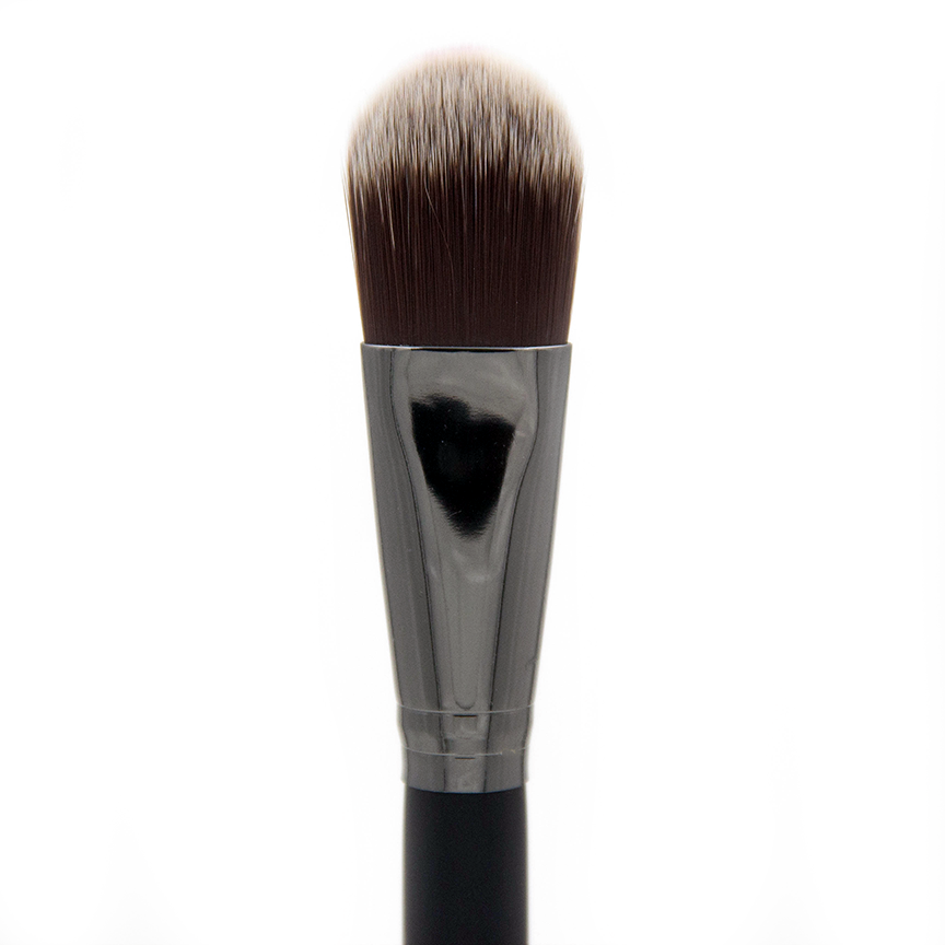 C466 Infinity Oval Foundation Brush - Crownbrush