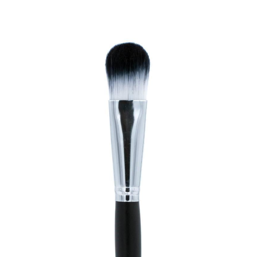"C707-3/4"" Oval Foundation Brush - Crownbrush"