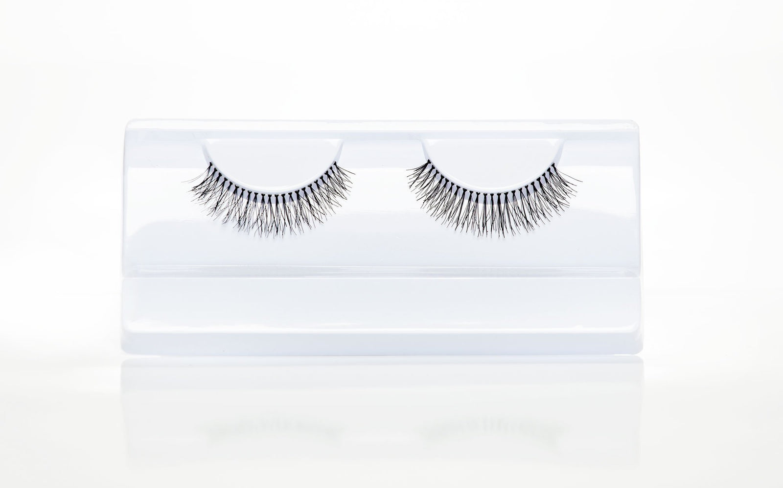 Melanie Lashes - Crownbrush