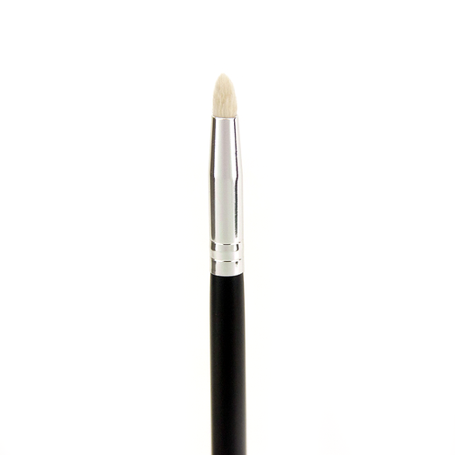 C513 Pro Detail Crease Brush - Crownbrush