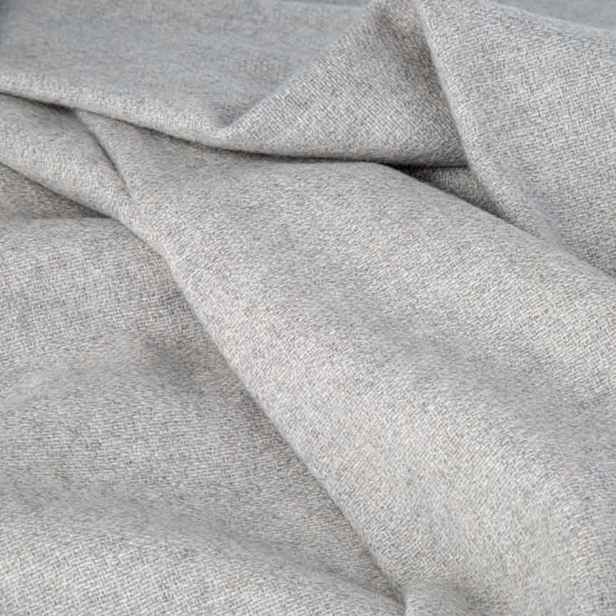 Love Stories - 100% Cashmere Blanket - Light Grey