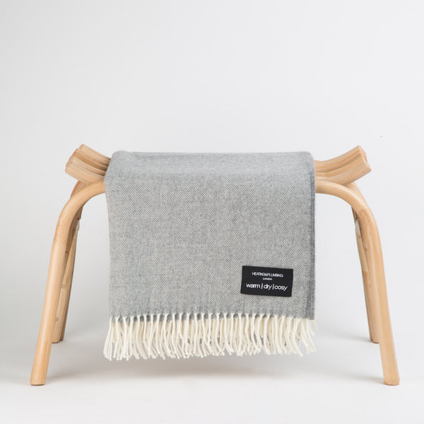Wonderfully soft Merino Lambswool Throw - Soft Grey