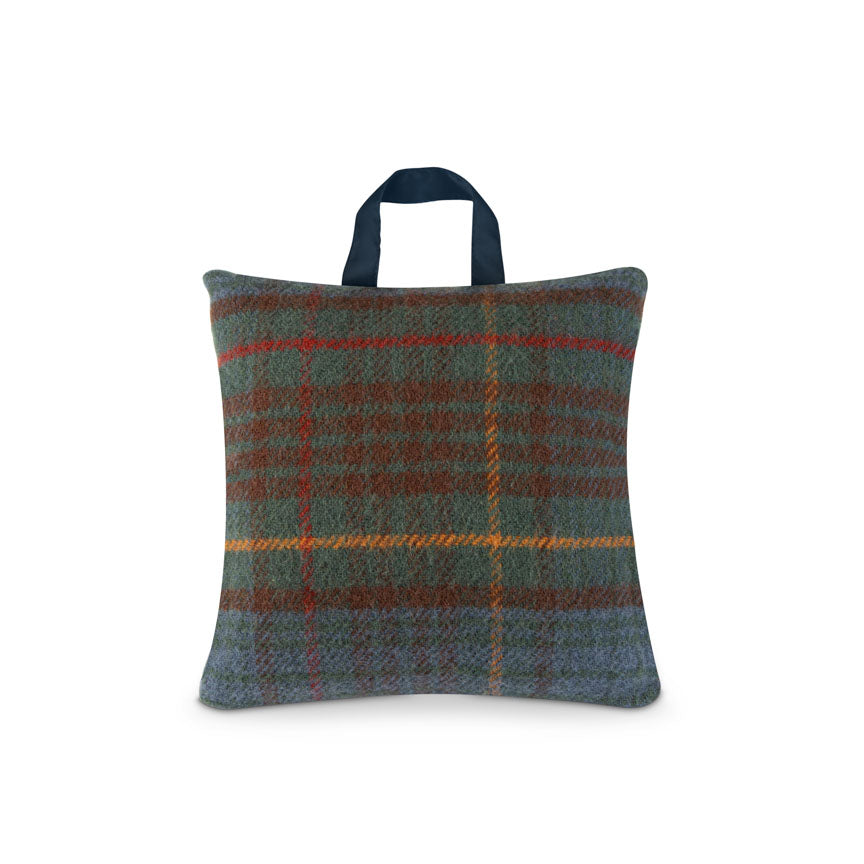 Waterproof Outdoor Cushion in Pure New Wool - Hunting Lodge