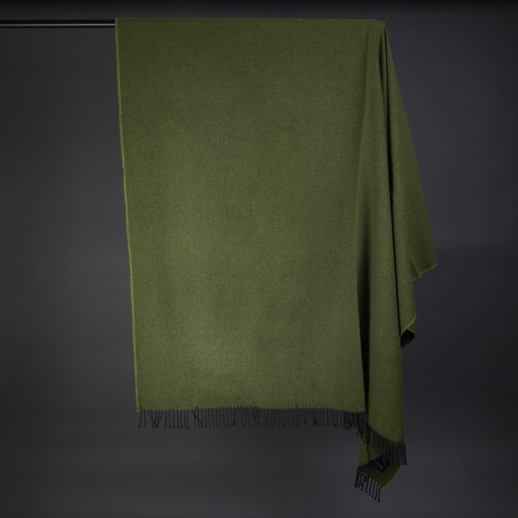Wonderfully soft Merino Lambswool Throw -  Bottle Green