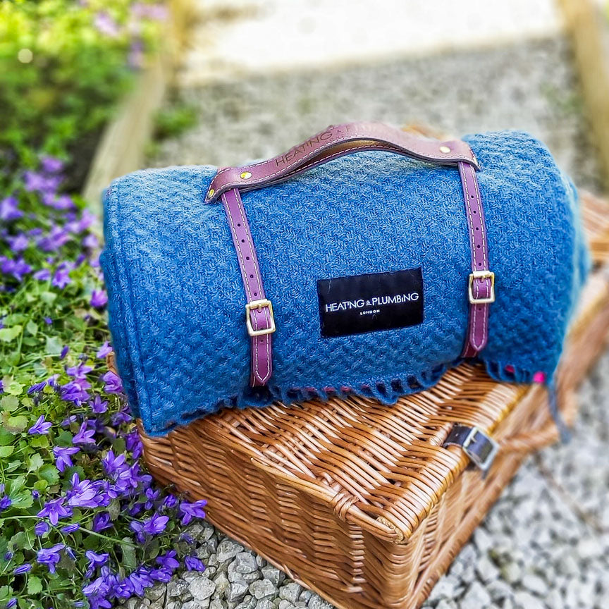 Pure new wool waterproof picnic blanket - The Notting Hill