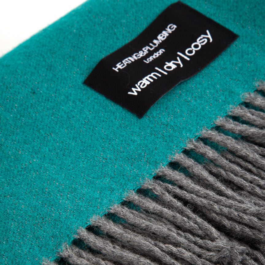 Wonderfully soft Merino Lambswool Throw - Deep Sea Green
