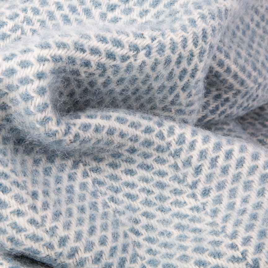 Evening Tales - Pure New Wool Blanket - Fluffy - Blue