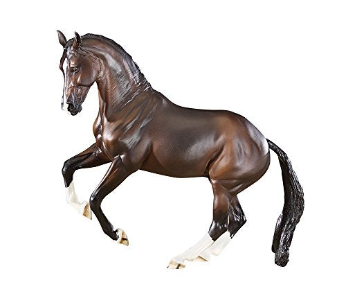 Breyer Valegro Model
