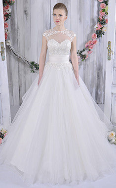 CLEARANCE WEDDING DRESS £250 (IVORY UK 10) - Gino Cerruti 1365U