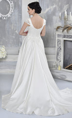 CLEARANCE WEDDING DRESS £250 (IVORY UK 12) - Wedding Dress Gino Cerruti 1723L
