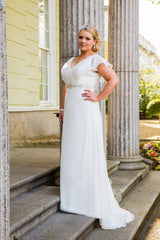 CLEARANCE WEDDING DRESS £250 (IVORY UK 20) - Beautiful Brides BB16306