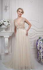 CLEARANCE WEDDING DRESS £250 (IVORY UK 12) - Gino Cerruti 1676M