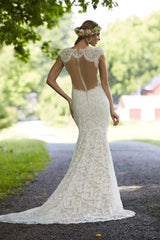 CLEARANCE WEDDING DRESS £250 (IVORY/NUDE UK 14) - Wedding Dress Ashley & Justin 10472