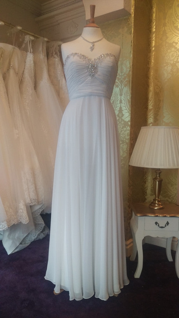 CLEARANCE WEDDING DRESS £250 (IVORY UK 10) - Angel Forever EALGP0013