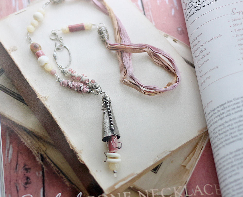 2 belle armoire jewelry necklace