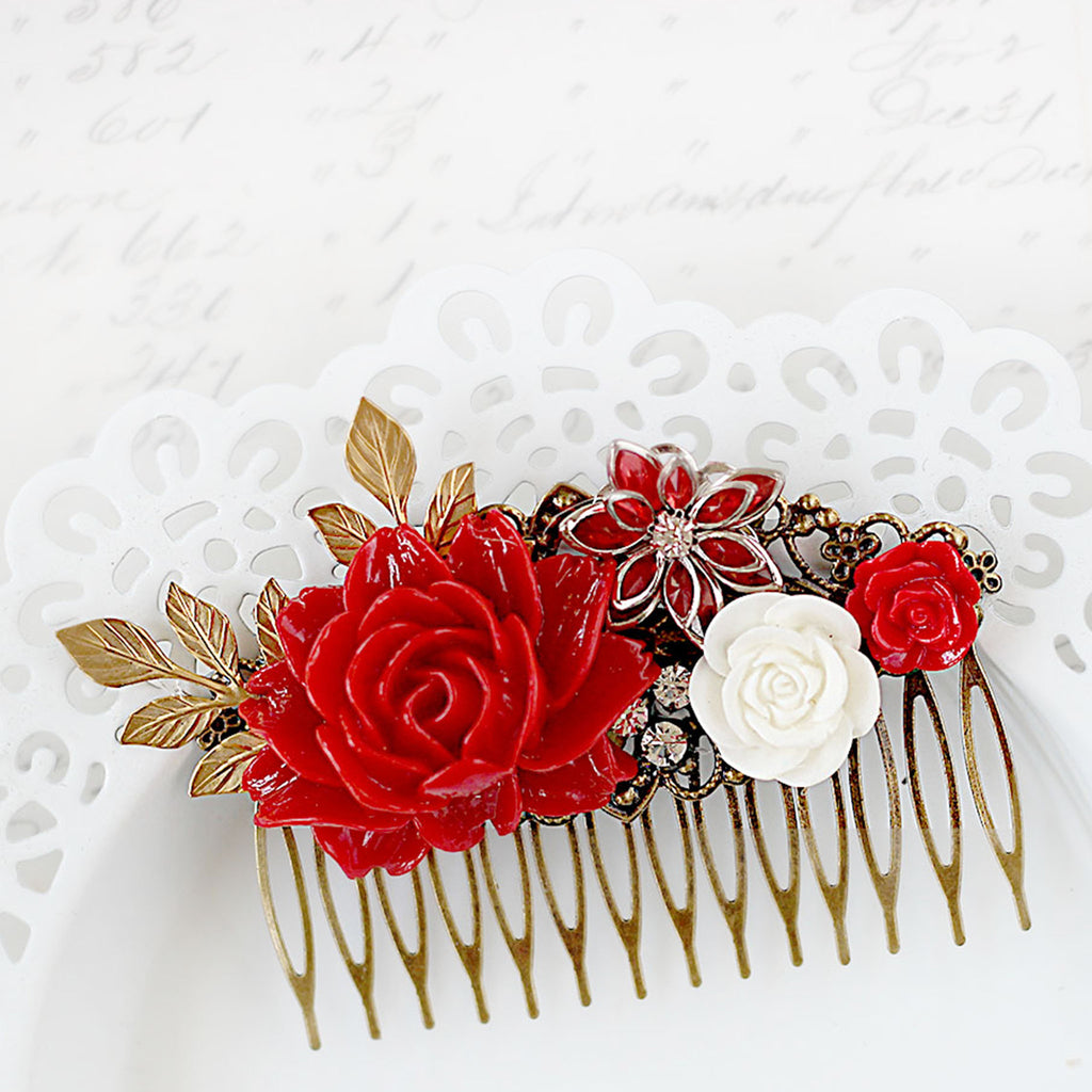 Decorative Hair Comb Red Rose Bouquet close up 3