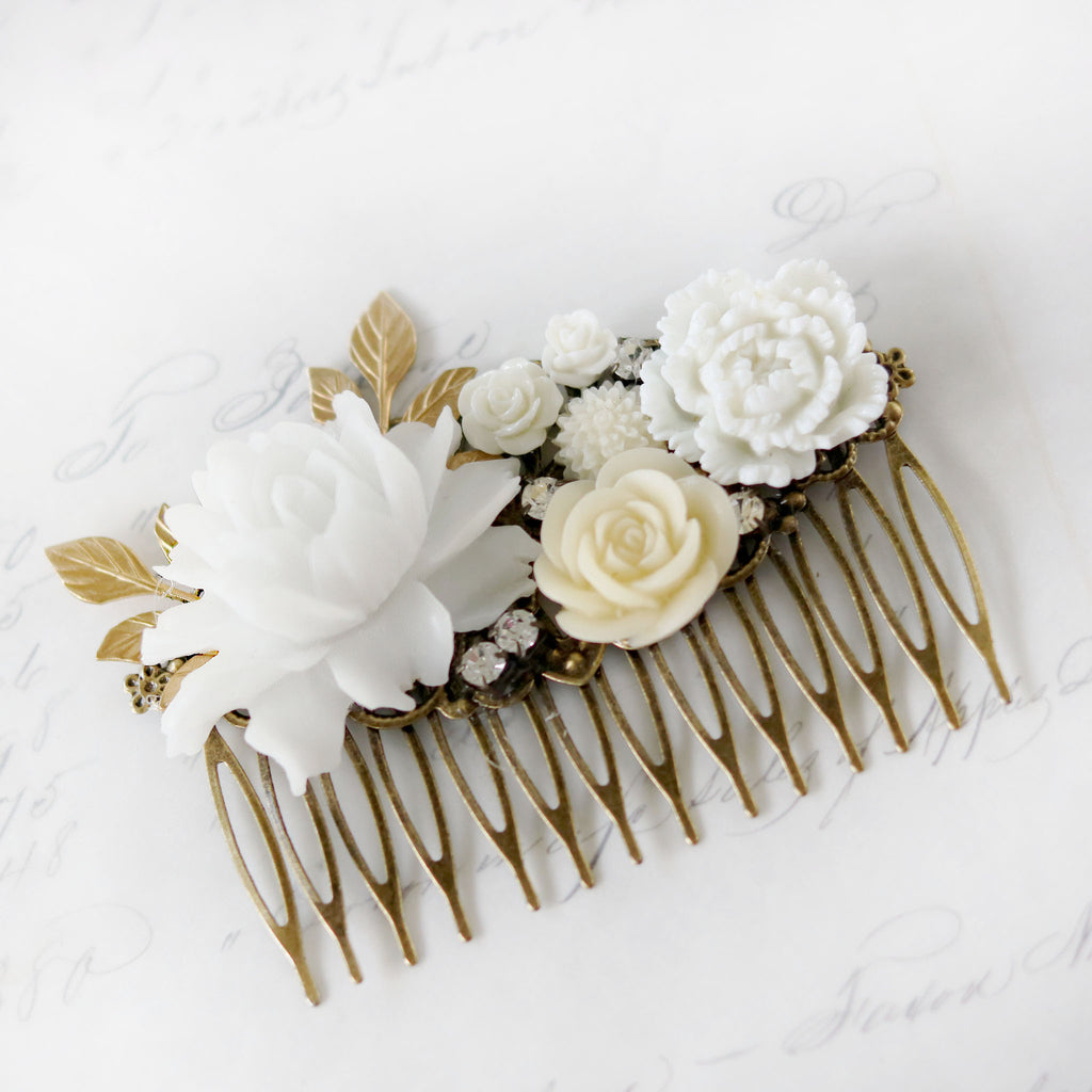 Decorative Hair Comb White and Cream Flowers close