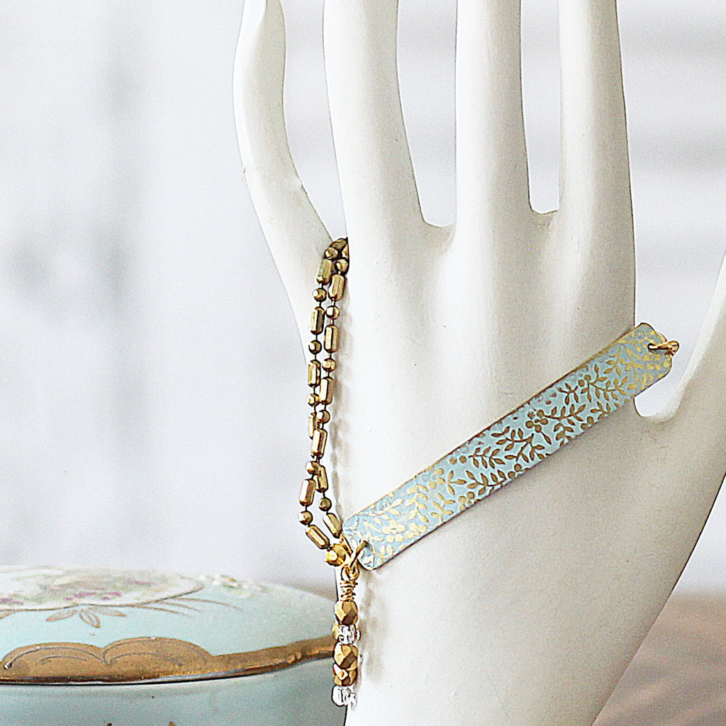 Textured Floral Bar Bracelet - Delicate Blue