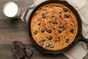 A Summer Dessert Must-Try: This Cashew Butter Chocolate Chip Cookie Skillet