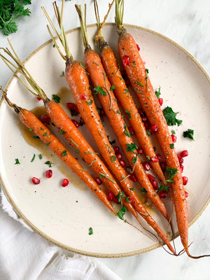Impress Guests with This Delicious Maple Glazed Carrots Recipe