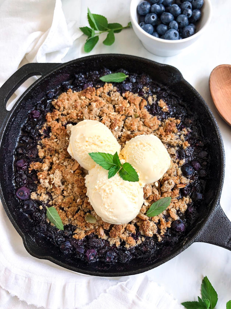 An Easy Blueberry Crumble Recipe That Contains Collagen