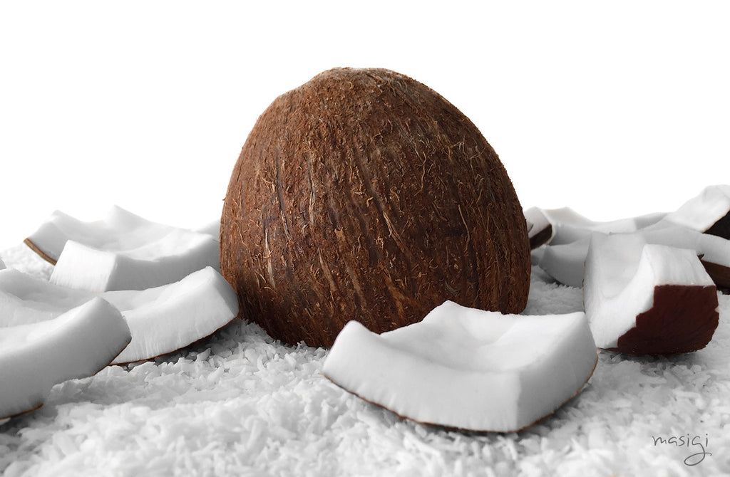 Health benefits of coconut oil. Oil Pulling is an Ayurvedic practice that promotes strong oral health, whitens teethe, clears sinuses - a natural mouthwash alternative. Masigi is made with organic coconut oil and essential oils, no chemicals.