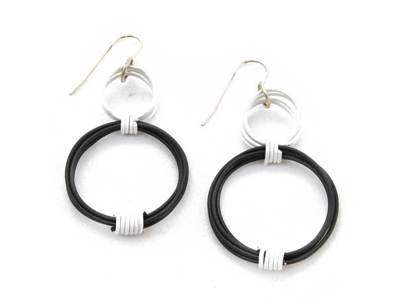 Ring Ring Bling Double Circle earrings