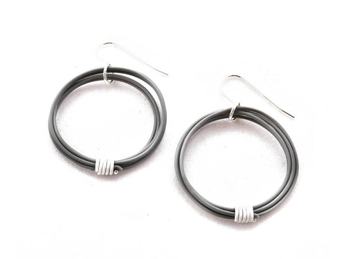 Ring Ring Bling Single Circle earrings