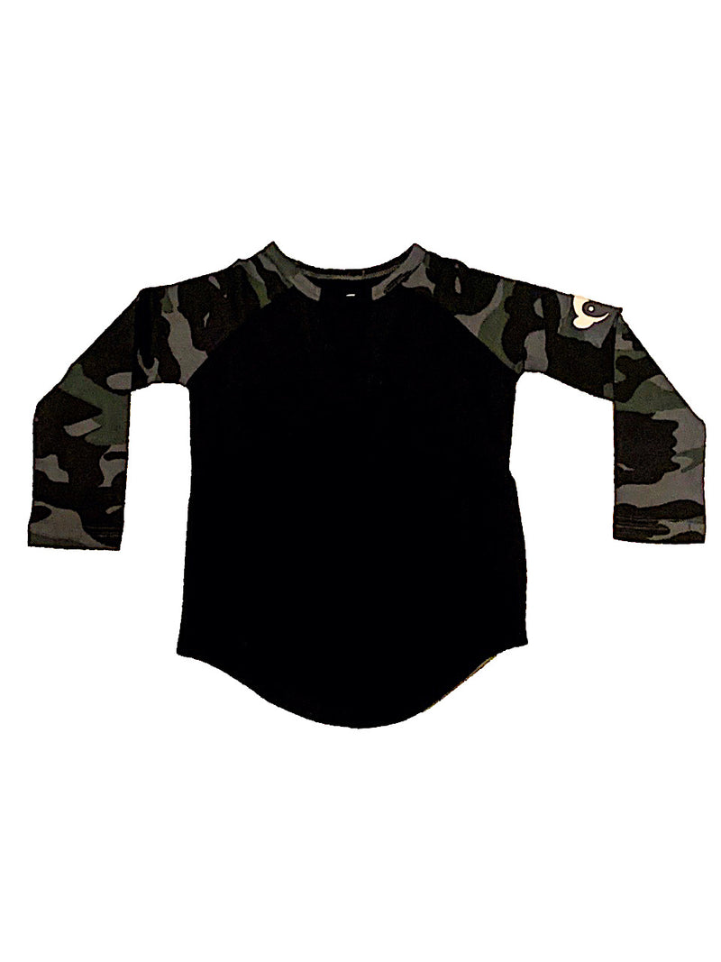 APPAMAN BLACK AND CAMO BASEBALL TEE
