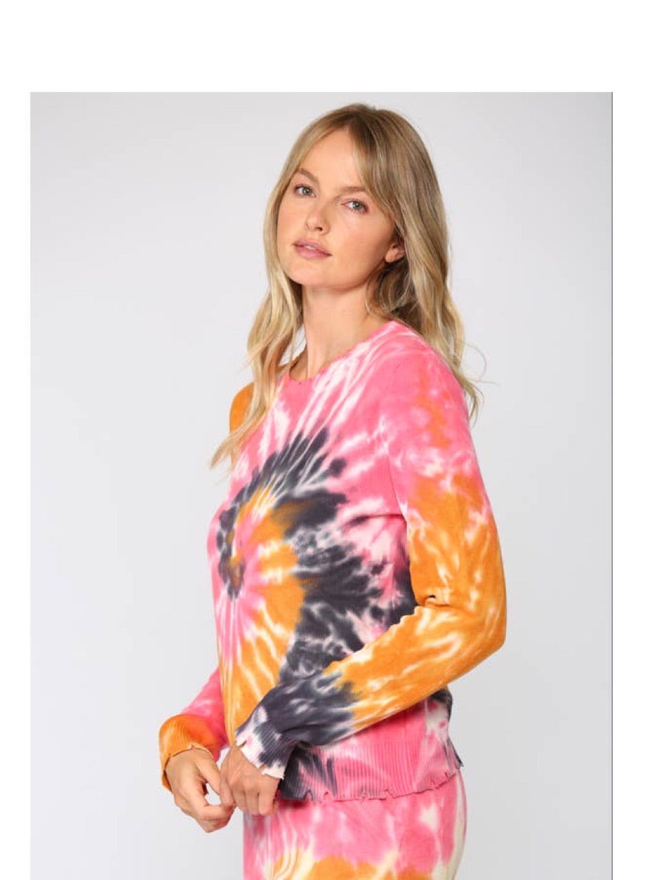 FATE TIE DYE DISTRESSED SWEATER