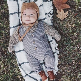 fall baby photoshoot outfit