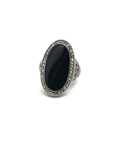 Onyx art deco oval ring in silver and marcasites