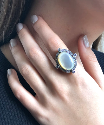 Large mother-of-pearl cabochon ring, silver and art deco marcasites